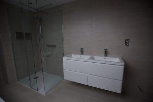 stone_bathroom-10